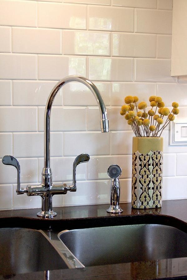 spritzschutz küche fliesenspiegel küche küchenfliesen wand doppelspüle