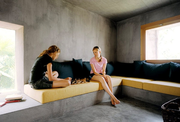 wandfarbe beton farbe wände streichen sommerhaus entspannungsbereich