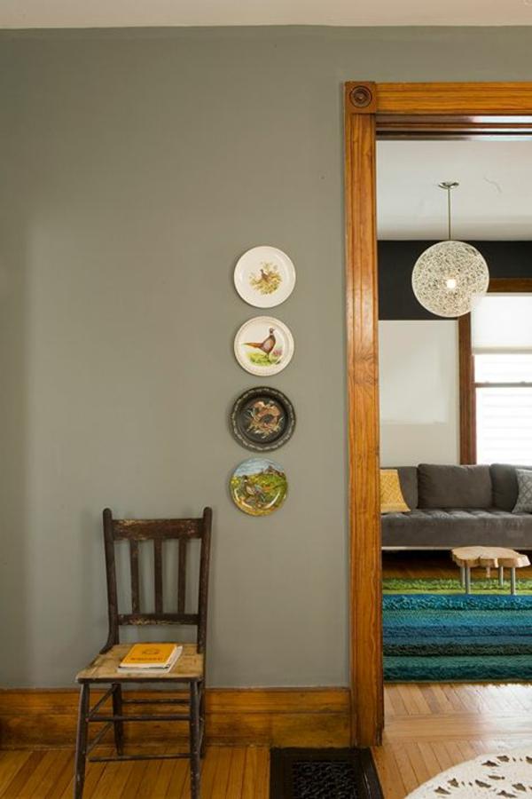 wandfarbe grau holzboden farbgestaltung ideen sofa grau holzmöbel