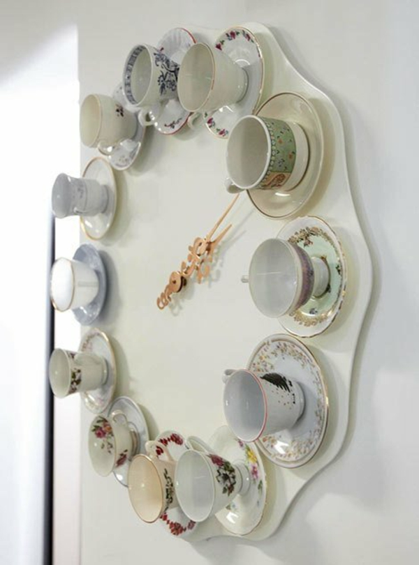 wanduhren design ideen dekorativ funktionell teetassen