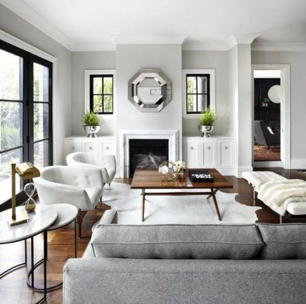 Wohnzimmer Kamin Wandgestaltung Mit Spiegel Couchtisch Holz