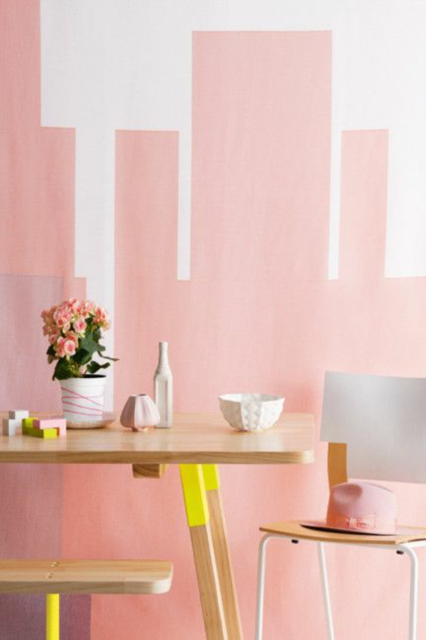 wohnzimmer wandgestaltung ideen wandtapeten wandfarbe rosa weiß