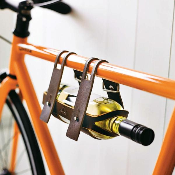 Ausgefallene orange bemalt exklusive Wohnaccessoires fahrrad
