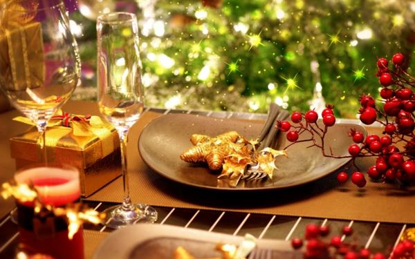 Weihnachten Moderne Weihnachtsdeko braun golden