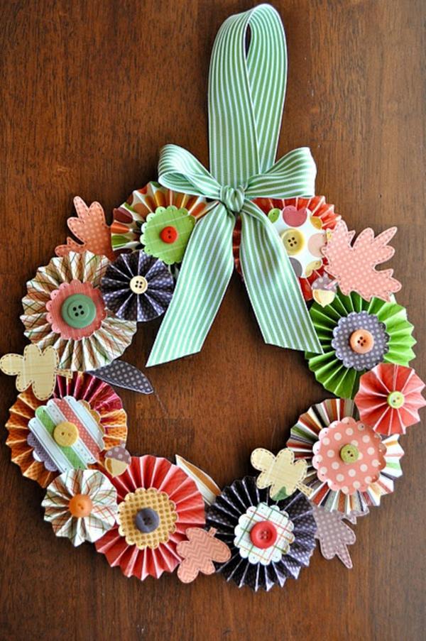 1001+ Bastelideen aus Papier - Blumen, Girlanden und Türkränze
