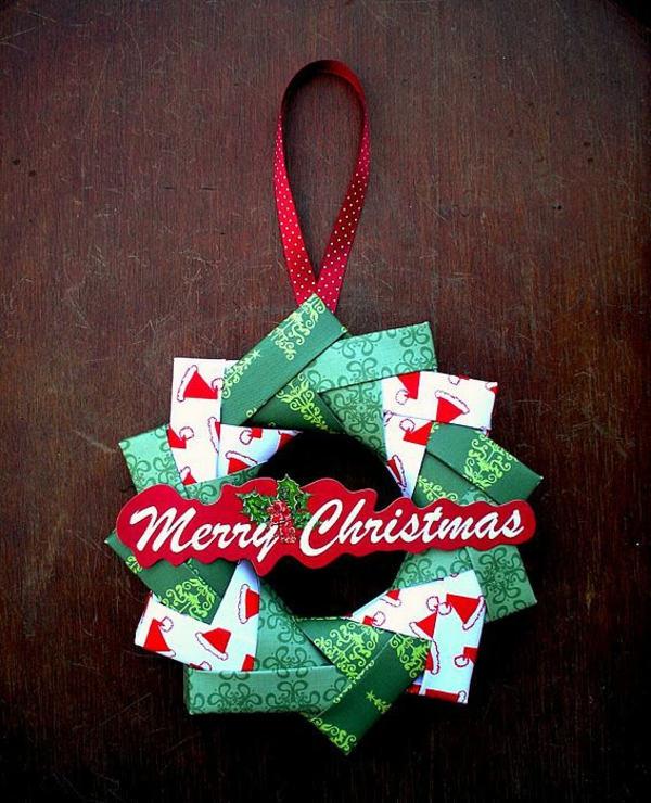 Bastelideen aus papier weihnachten kranz grün