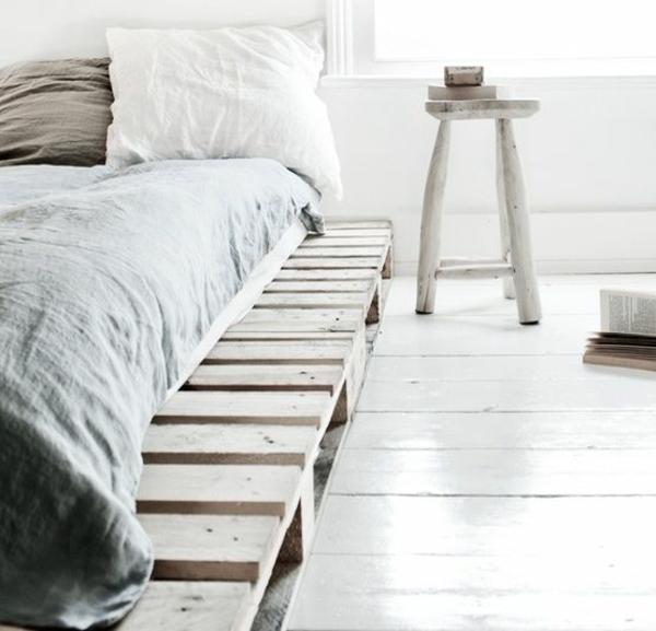 DIY Betten Holzpaletten gestell platten robust