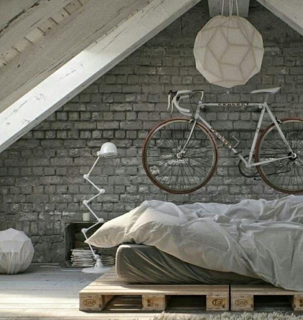 Betten aus Holzpaletten industriell stil einrichtung