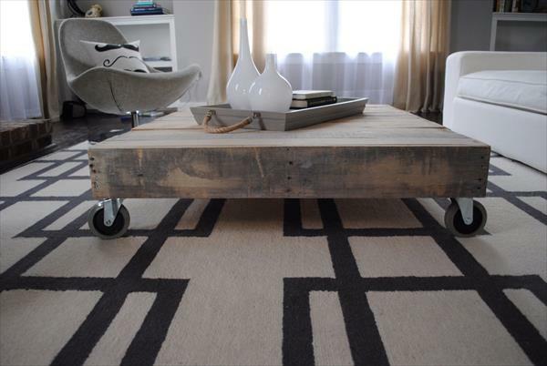 DIY Möbel aus alten Paletten couchtisch rollen