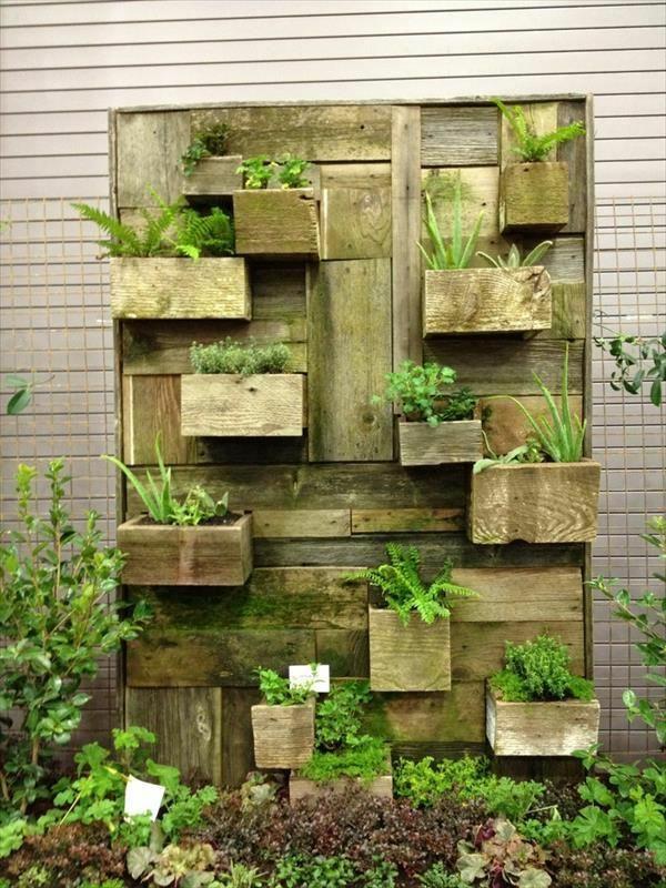 grün Möbel aus alten Paletten pflanzen