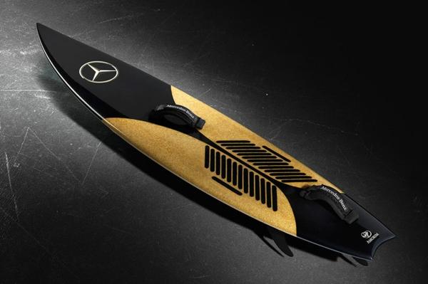 Das Mercedes Surfbrett designer