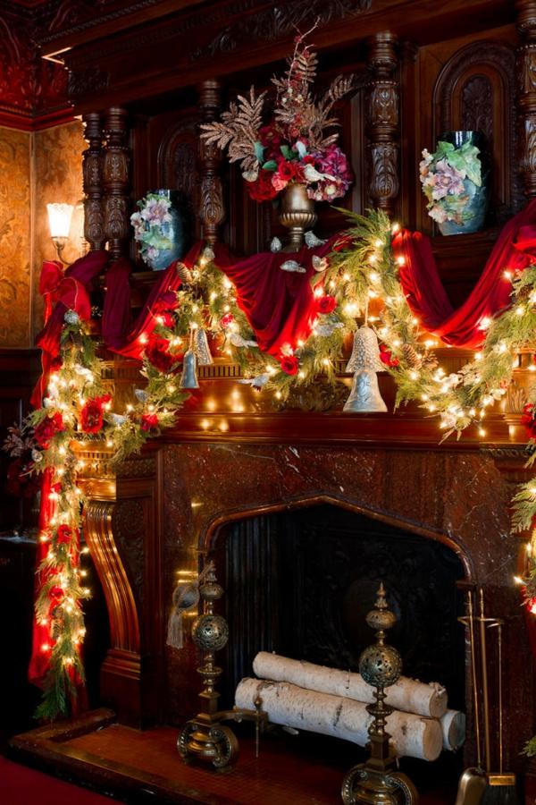 Deko rotes stoff Girlanden zu Weihnachten lichterketten hell
