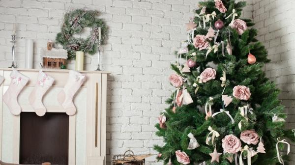 Girlanden zu Weihnachten tannenbaum grün