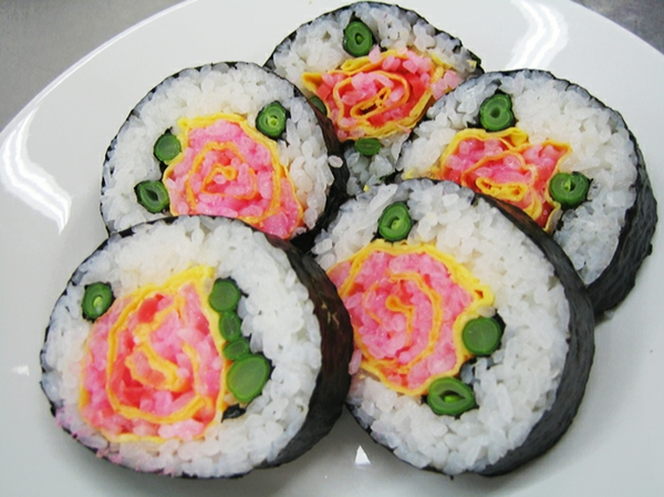 Sushi gerissene Arten rot rosen