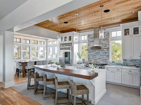 Moderne Küchen küchenblock freistehend holz decke