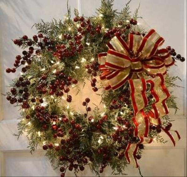 Decorating Ideas For Xmas Cedar Wreath
