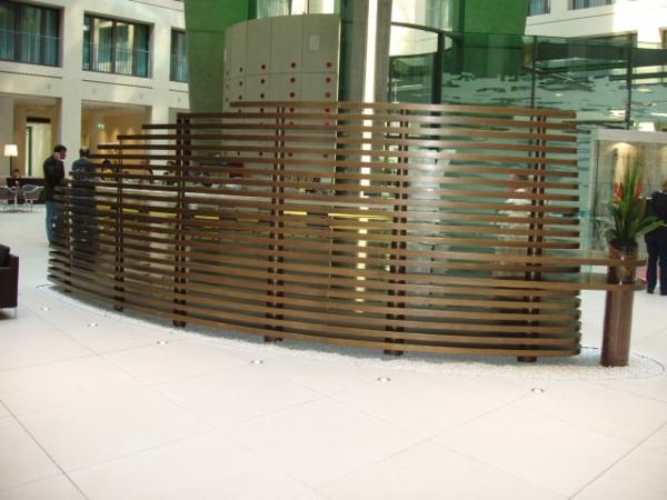 Ideen aus Holz design raumteiler dunkel braun