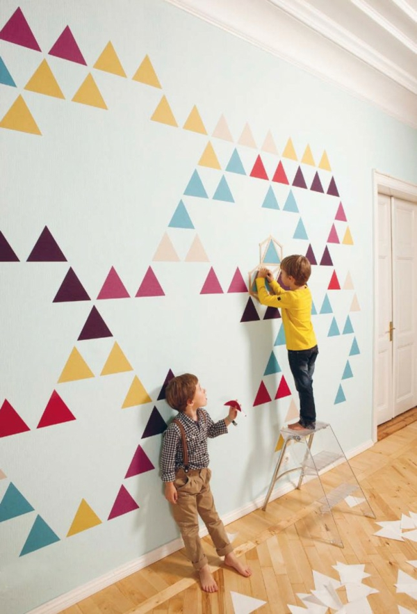 Wandgestaltung Jugendzimmer Mit Farbe : dreiecken Wandgestaltung mit Farbe wände gestalten kinder spaß