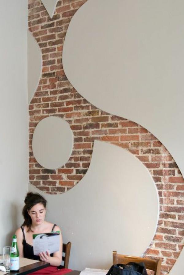 Wandgestaltung  reichlich Farbe wände gestalten muster ziegel