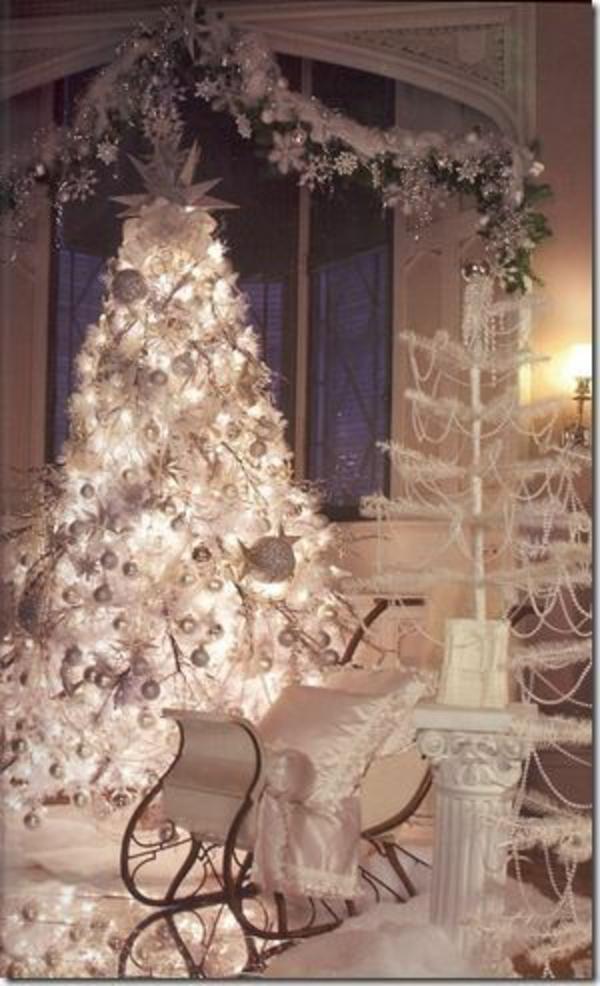 Weihnachtsbeleuchtung und LED Lichterketten für Innen weiß