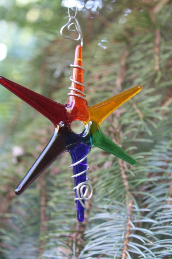 orange rot glas Weihnachtssterne basteln vorlagen kinder metall