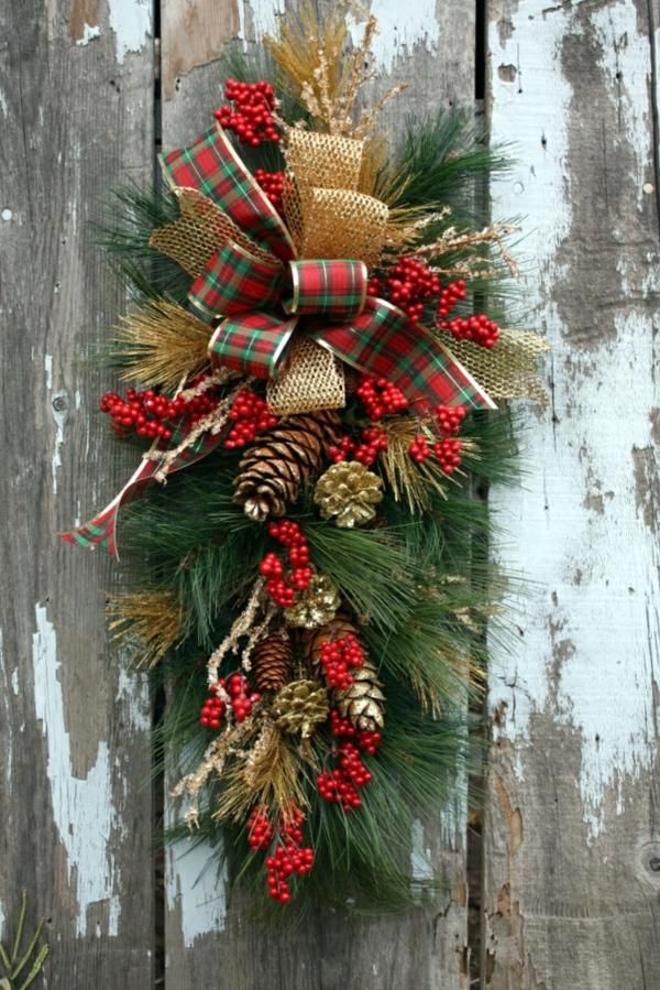 1001 ideen neue weihnachtsgestecke selber machen - Weihnachtsdekoration modern ...