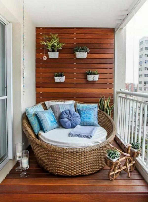Balkon bepflanzen   praktische tipps und wichtige hinweise