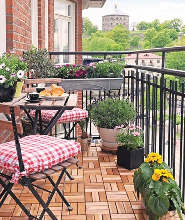 balkon pflanzen topfpflanzen frühstück