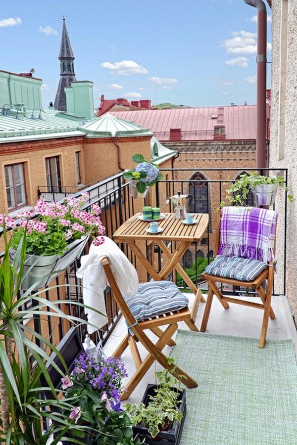 balkongestaltung ideen balkon bepflanzen holz balkonmöbel