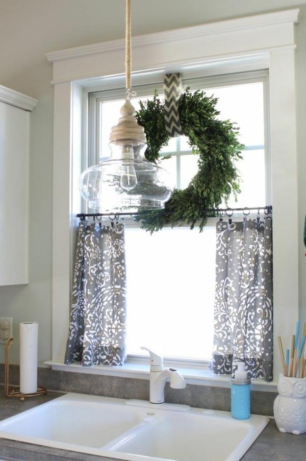35 bastelideen f r fenster weihnachtsdeko. Black Bedroom Furniture Sets. Home Design Ideas