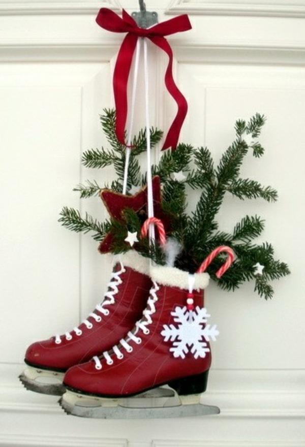 bastelideen weihnachten adventskranz basteln schlittschuhe rot