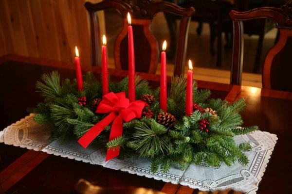 bastelideen weihnachten nadelbaumzweige rote kerzen