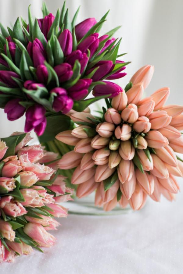 blumen arrangieren festliche tischdeko ideen mit tulpen