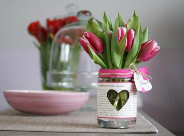 Tischdeko mit tulpen festliche tischdeko ideen mit fr hligsblumen - Dekoideen gartenparty ...