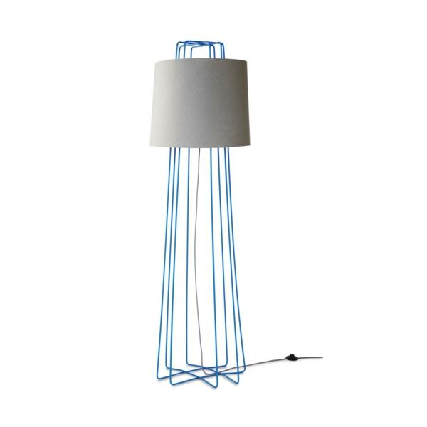 stehlampen modern sorgen sie f r abwechslung und originalit t. Black Bedroom Furniture Sets. Home Design Ideas