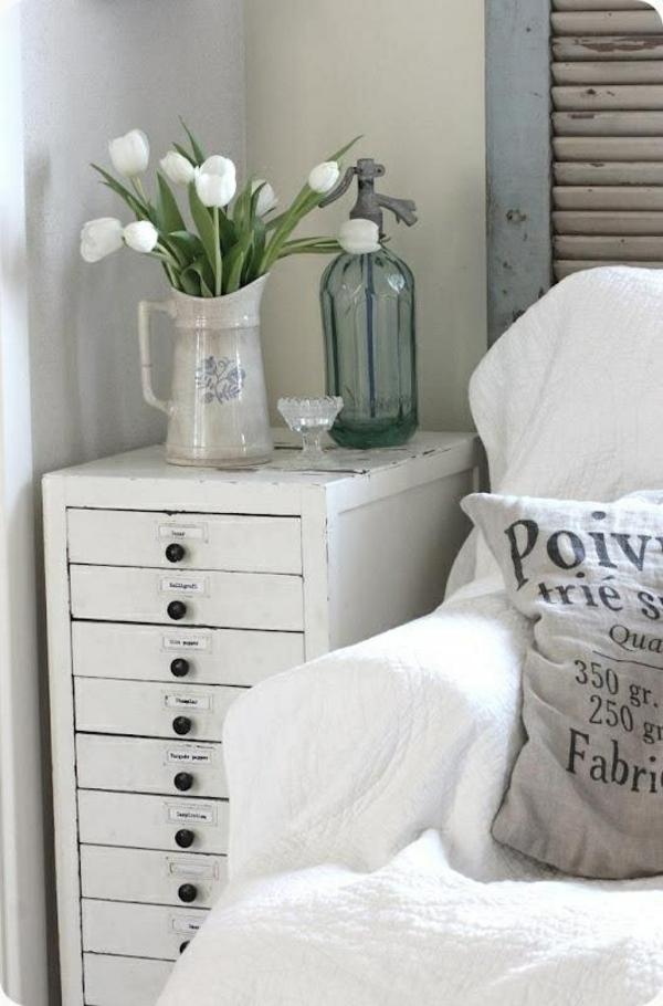 tischdeko mit tulpen - festliche tischdeko ideen mit frühligsblumen - Dekoideen Wohnzimmer Weis