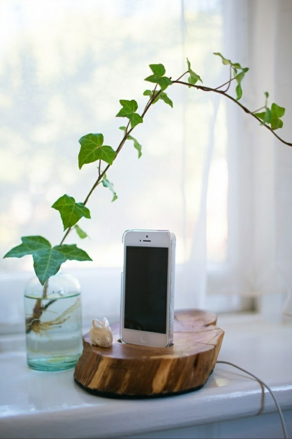 diy ideen bastelideen iphone baumstumpf ständer nützliche bastelltipps