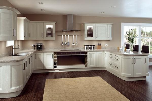 Einbauküchen  Einbauküchen - schwellenloser Übergang zum Wohnbereich