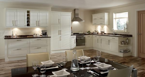 einbauküchen essbereich weiße schränke