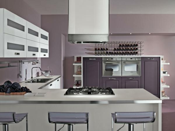 einbauküche weinregal lila wände