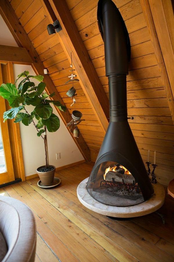wohnzimmer modern holz:landhausstil wohnzimmermöbel azs holz moderner kamin