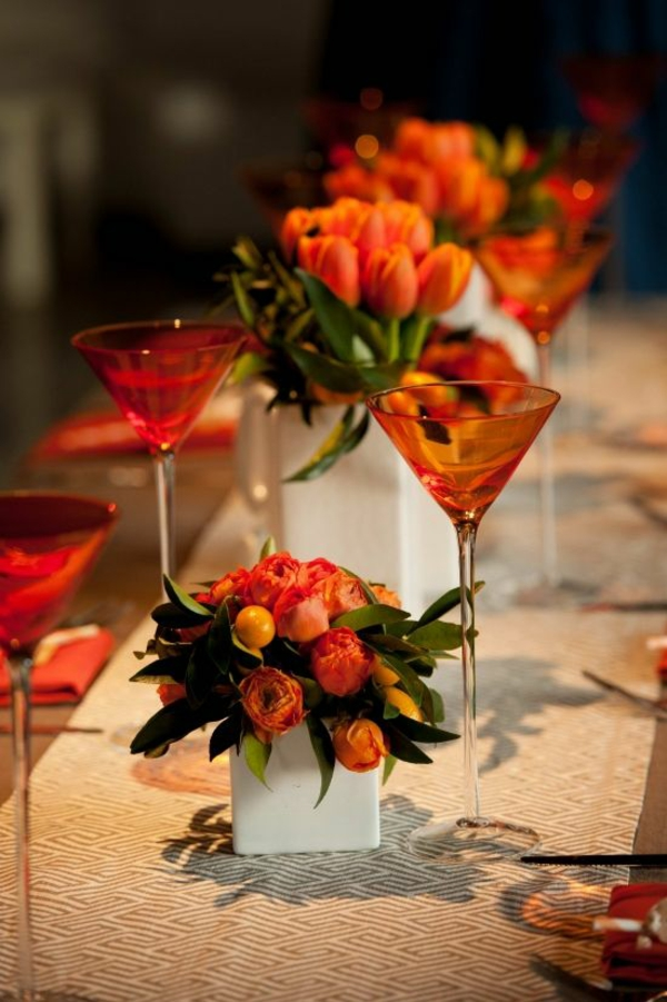 elegante tischdeko mit tulpen festliche tischdeko ideen in orange