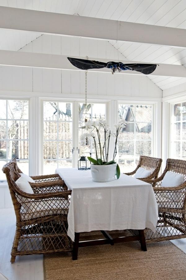 rattanm bel im innenbereich welche sind die vorteile der. Black Bedroom Furniture Sets. Home Design Ideas