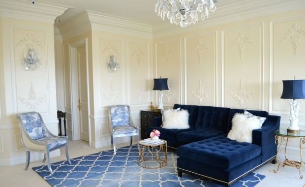 farbideen wohnzimmer opulent fellkissen
