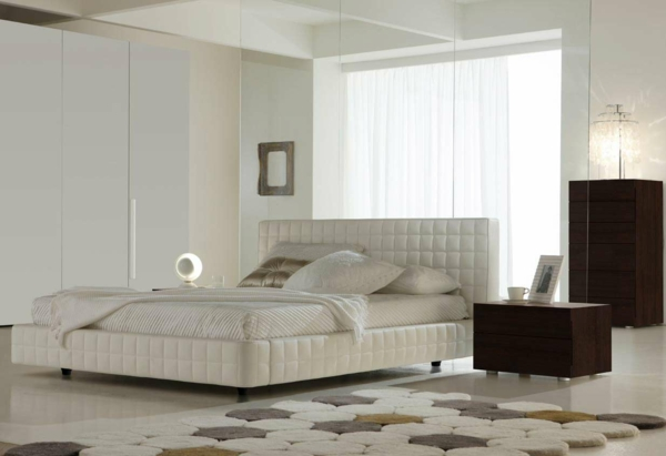 feng shui schlafzimmer einrichten schlafzimmer bett polsterbett weiß