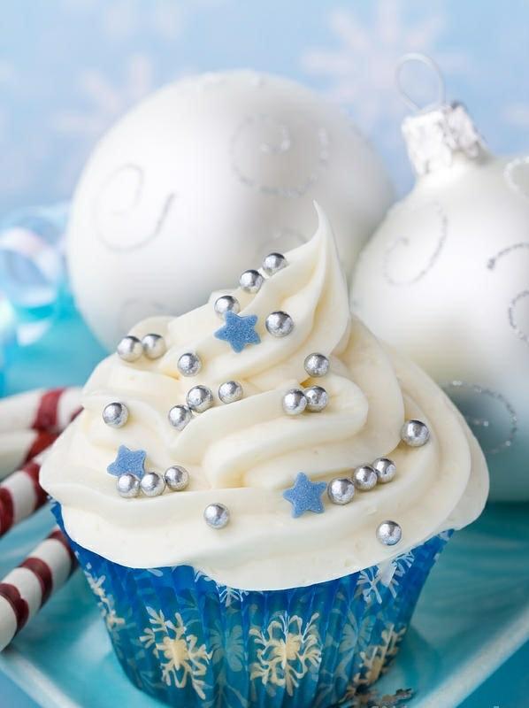 festliche tischdeko weihnachten die besten Weihnachtsplätzchen silbern