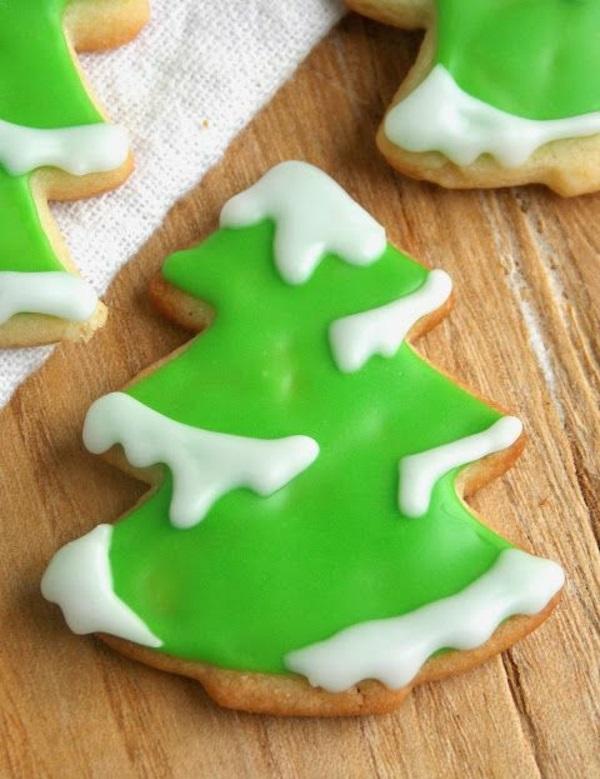 festliche tischdeko weihnachten einfache plätzchen backen grün