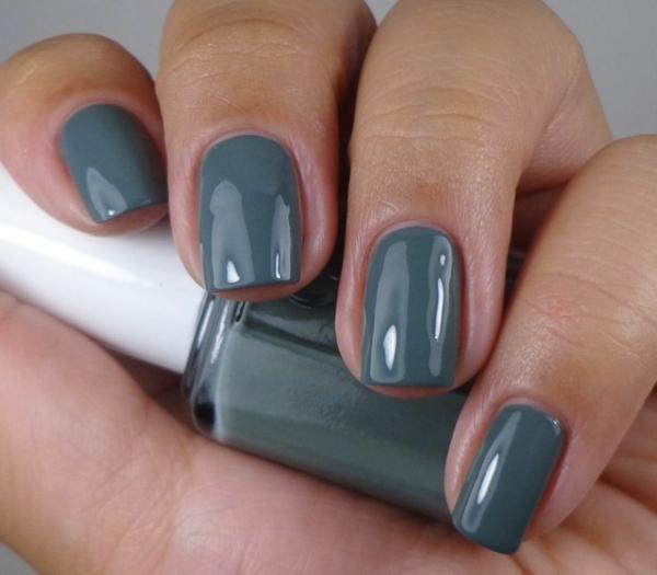 fingernägel bilder schlichtes nageldesign grau schlichte nägel