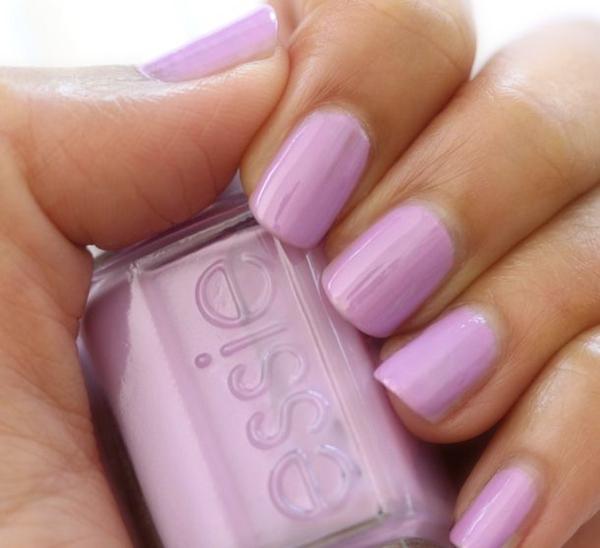 fingernägel bilder schlichtes nageldesign lila schlichte nägel