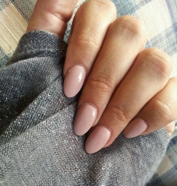 fingernägel bilder schlichtes nageldesign zartes rosa altrosa schlichte nägel
